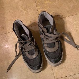 "Blowfish 3/4"" shoes size 8"